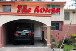 HOUSE FOR LONG LEASE/RENT IN EXECUTIVE SUBDIVISION in SUBIC BAY